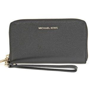Michael Kors Jet Set Wristlet